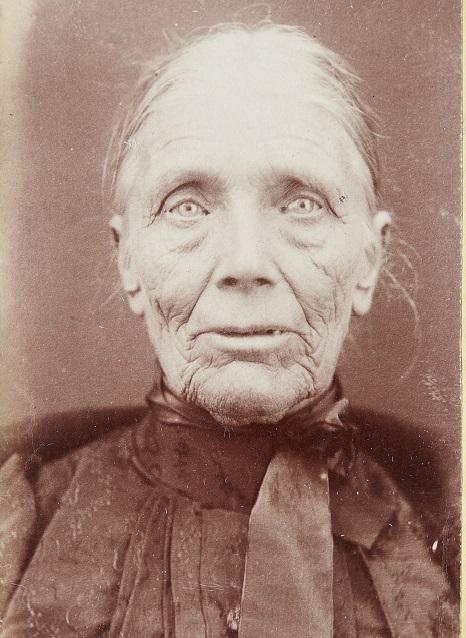 Sarah-Clifford-1901-FRONT_web.jpg